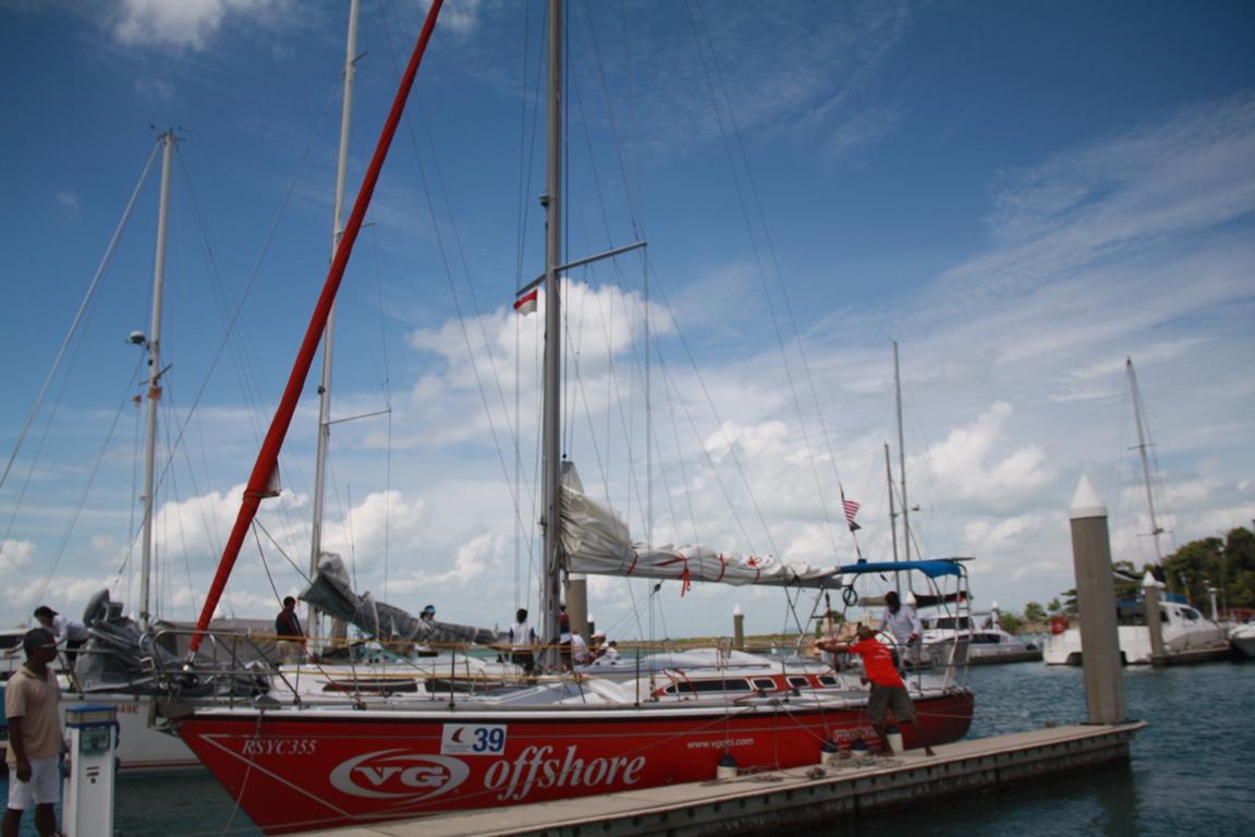 Melihat Lomba Yacht di Nongsa Point Marina