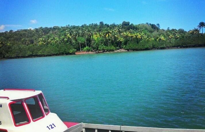 The Ambiance of Kelong Jawa-Melayu.