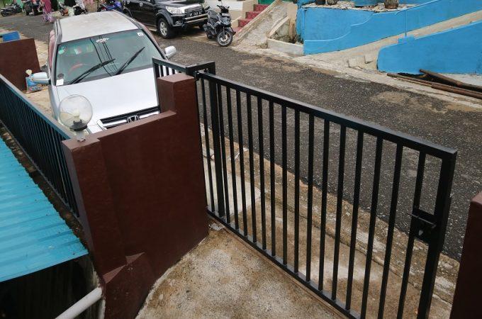 Adab Menumpang Parkir di Depan Rumah Orang