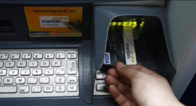 Saat Kartu ATM Terblokir di Tengah Pandemi Corona